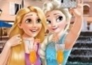 Princesses Selfie Time